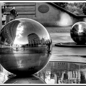 Mirrored... by Andy Milner (thebaldingone)) on 500px.com