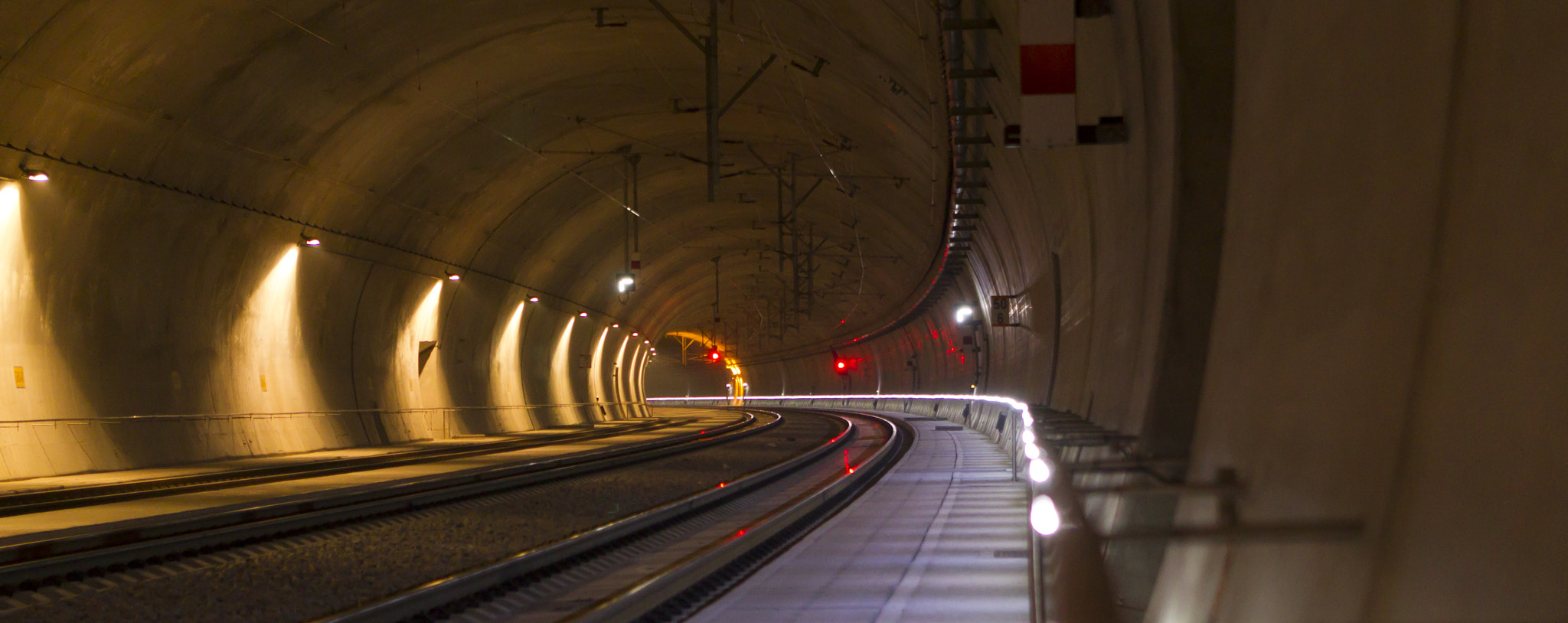 Photograph railway tunnel with signals by Martin Maguolo on 500px