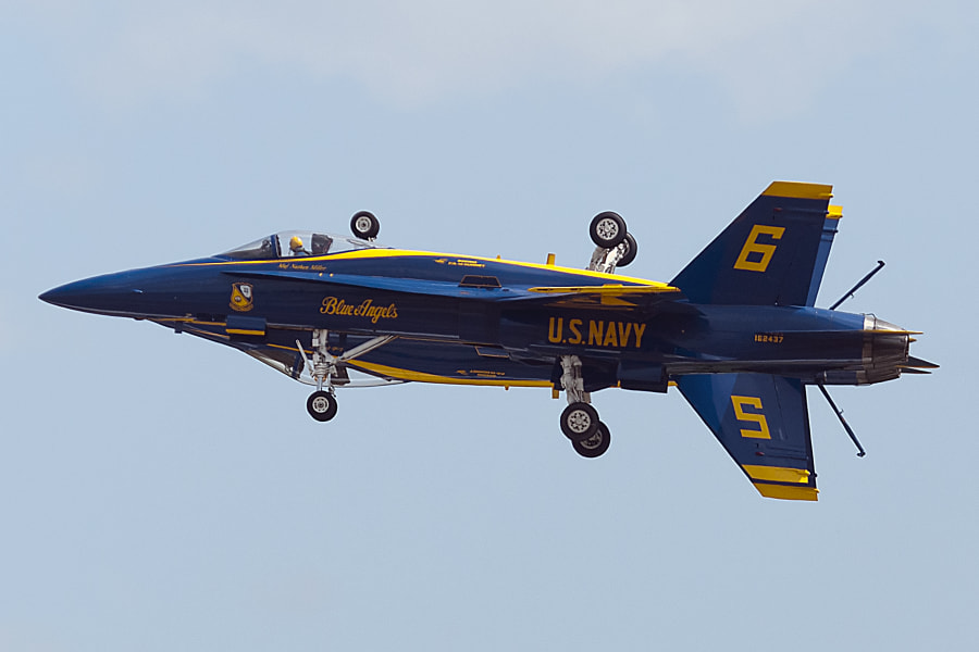 Blue Angels Fortus maneuver where #5 and #6 mirror image