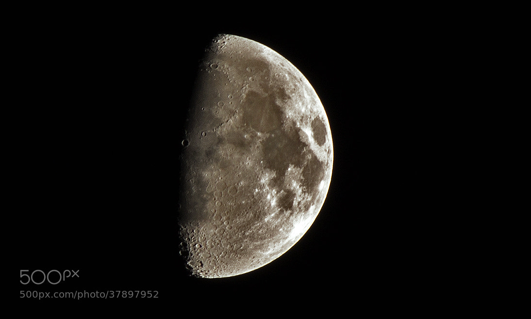 Photograph Untitled moon by Fabrizio Marini on 500px