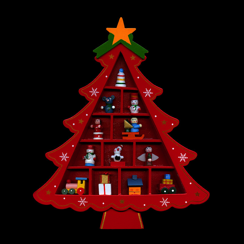 Photograph   THE WOODEN CHRISTMAS TREE... A CHRISTMAS THEME. by Magda Indigo on 500px