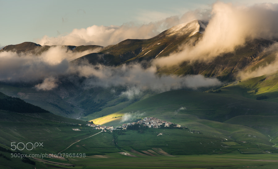 Photograph Castelluccio in late afternoon light by Hans Kruse on 500px