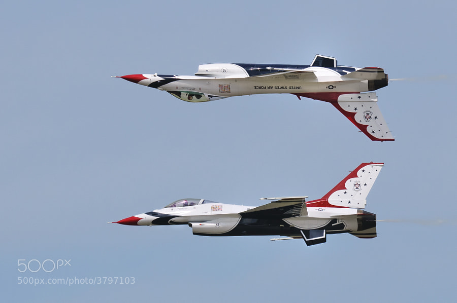 Thunderbirds over Robbins AFB, Georgia