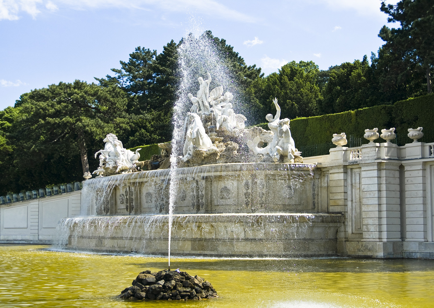 Photograph Neptun Brunnen by Marie-Louise Titze on 500px
