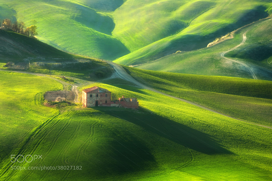 Photograph Destroyed farm by Marcin Sobas on 500px