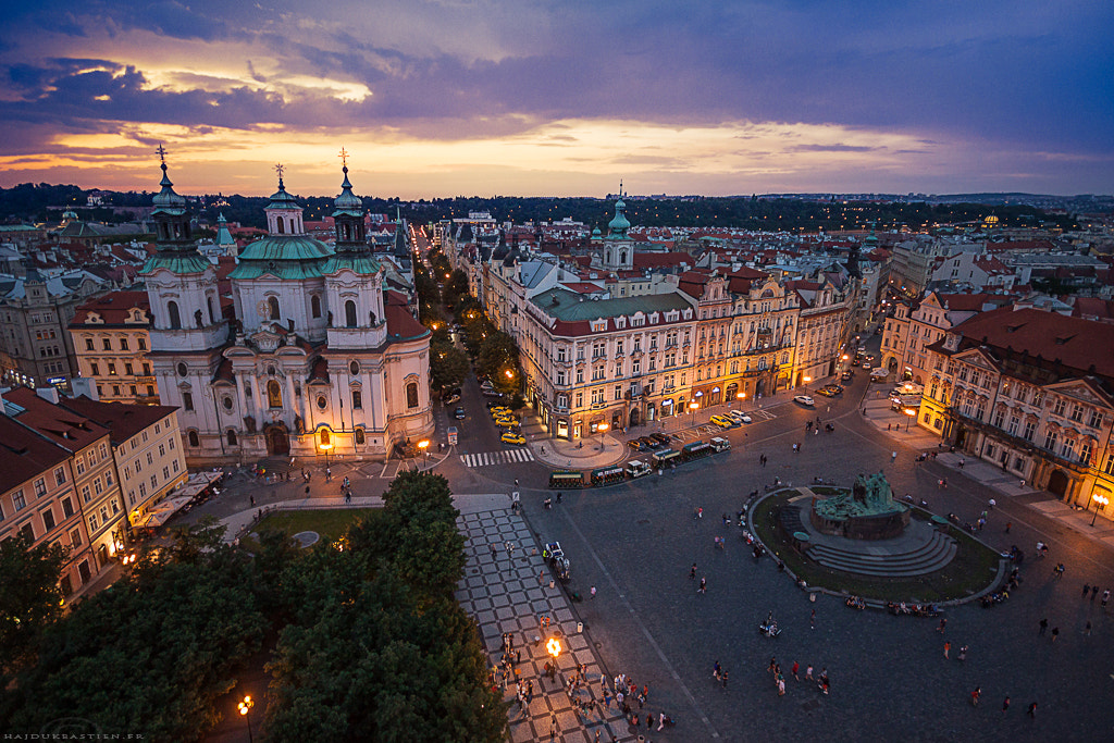 Photograph Place de la vieille ville, Prague by Bastien HAJDUK on 500px