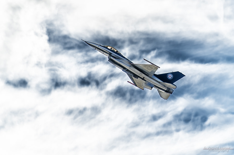 Photograph RNoAF F-16 by Vegard Hamar on 500px