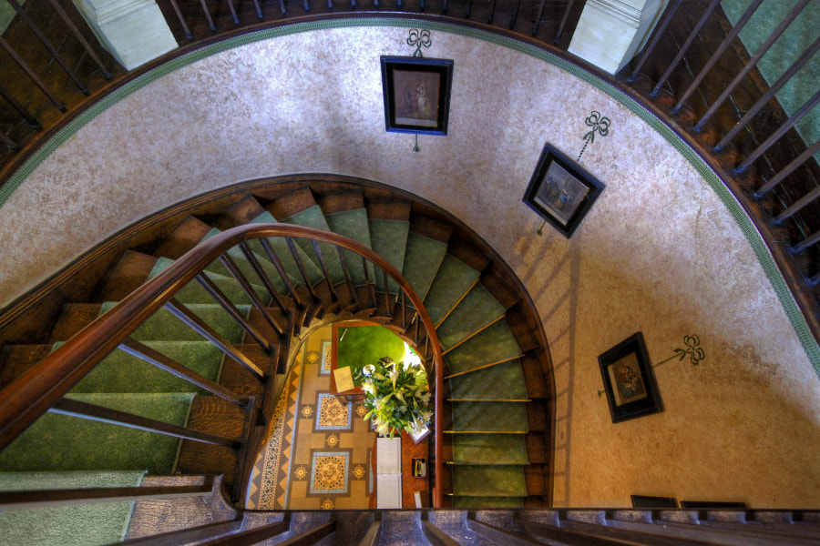 Staircase at Glewstone Court