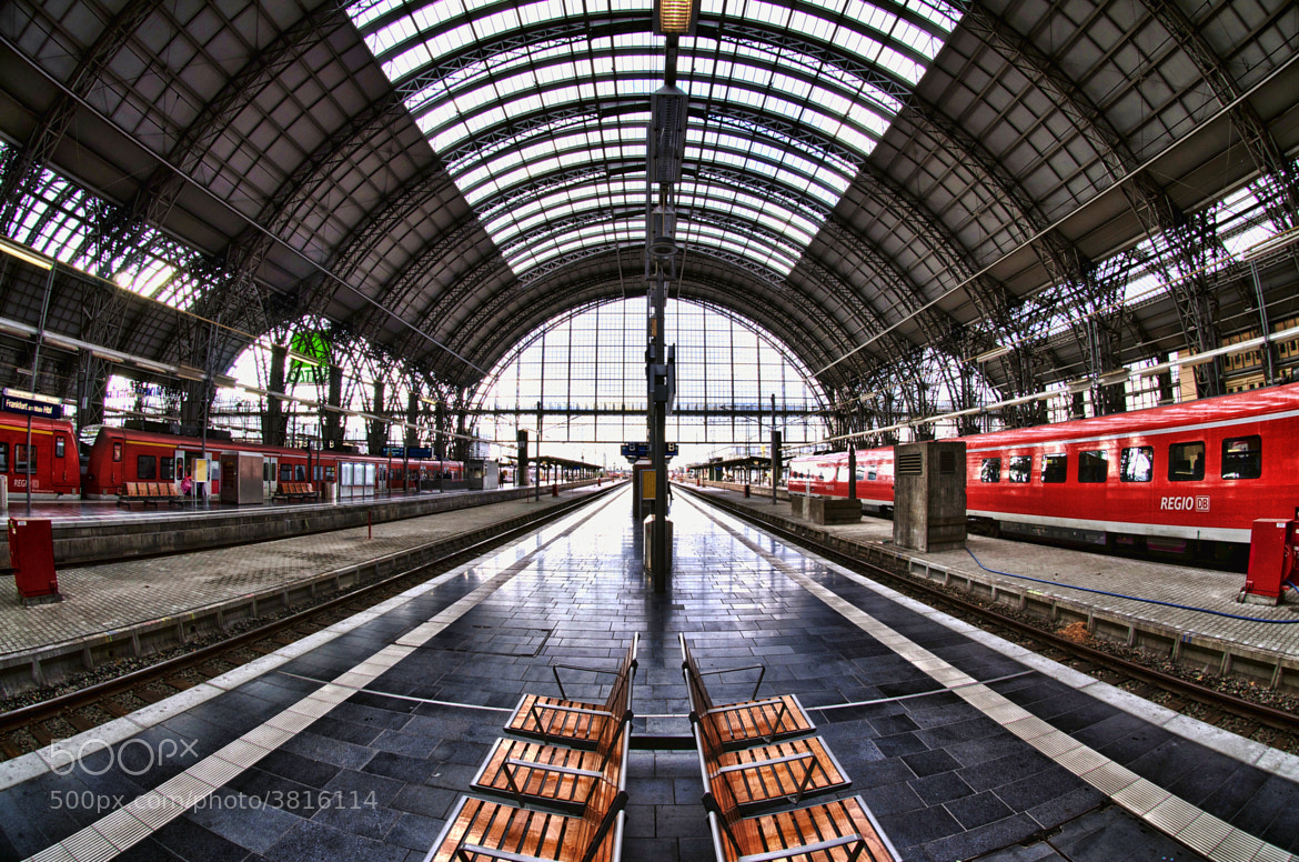 Photograph Frankfurt Hauptbahnhof by Ken Shelton on 500px