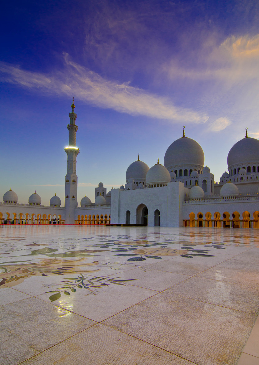 Photograph Zayed Grand Mosque by Mustafa Nezar on 500px