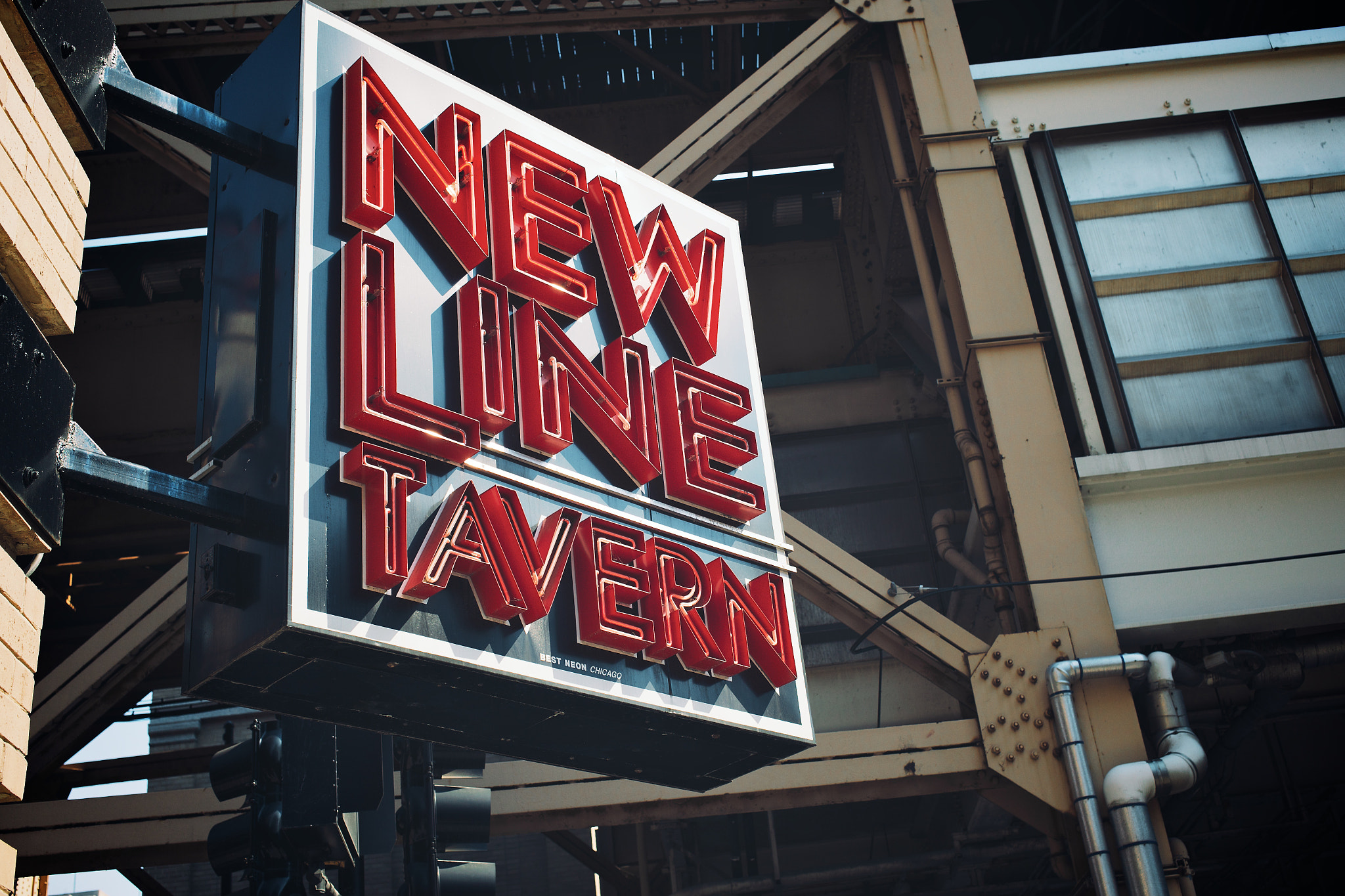 Photograph New Line Tavern by Jonathan Robson on 500px