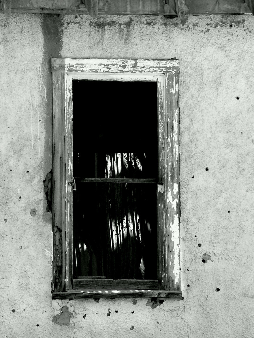 Photograph Window on the Past by Sandee Gass on 500px