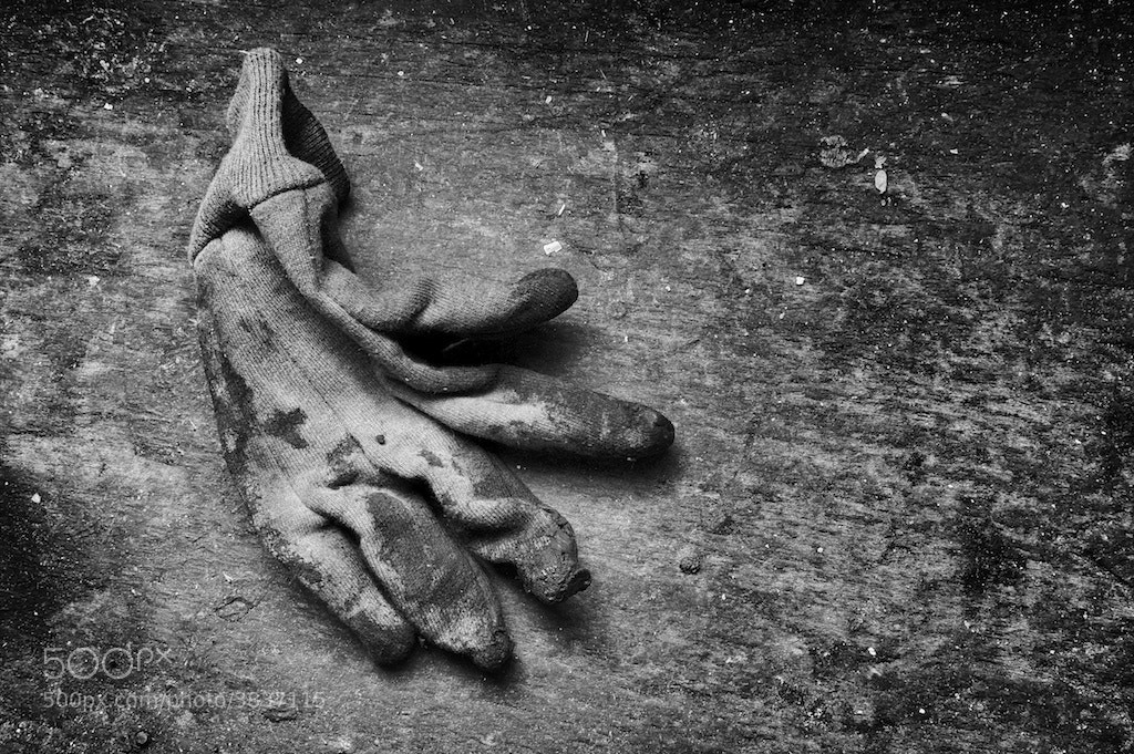 Photograph Workman's glove by Tony Sweet on 500px