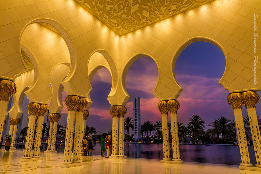 Photograph Twilight Frame at Sheikh Zayed Mosque by Souvik Banerjee on 500px