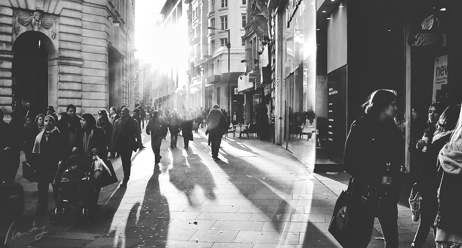 Photograph London Streets by Ivan Yang on 500px