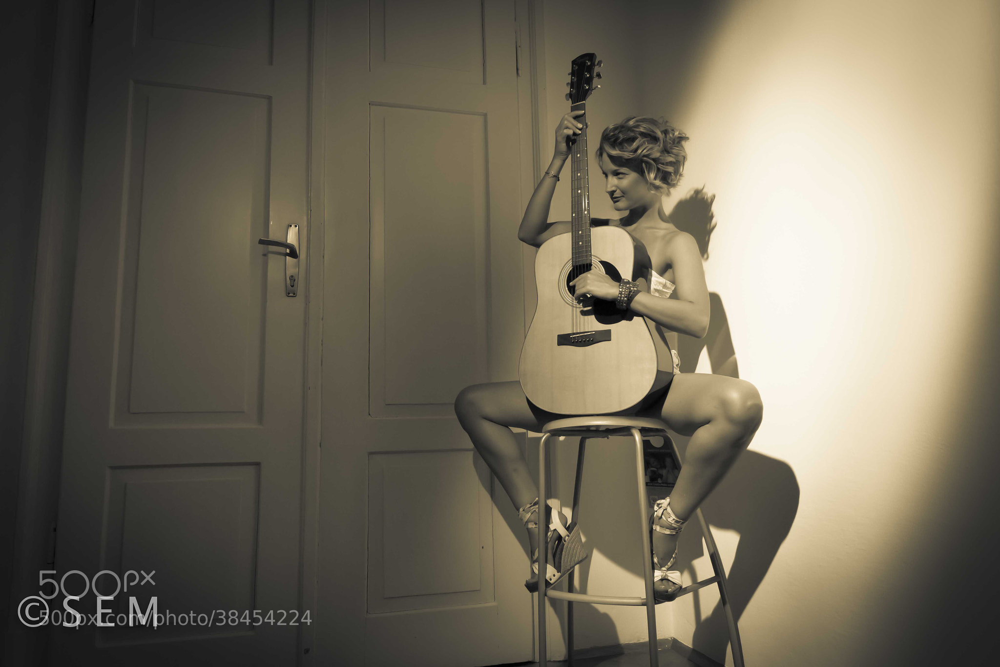 Photograph meanwhile, i play by Kathrin Lercher on 500px