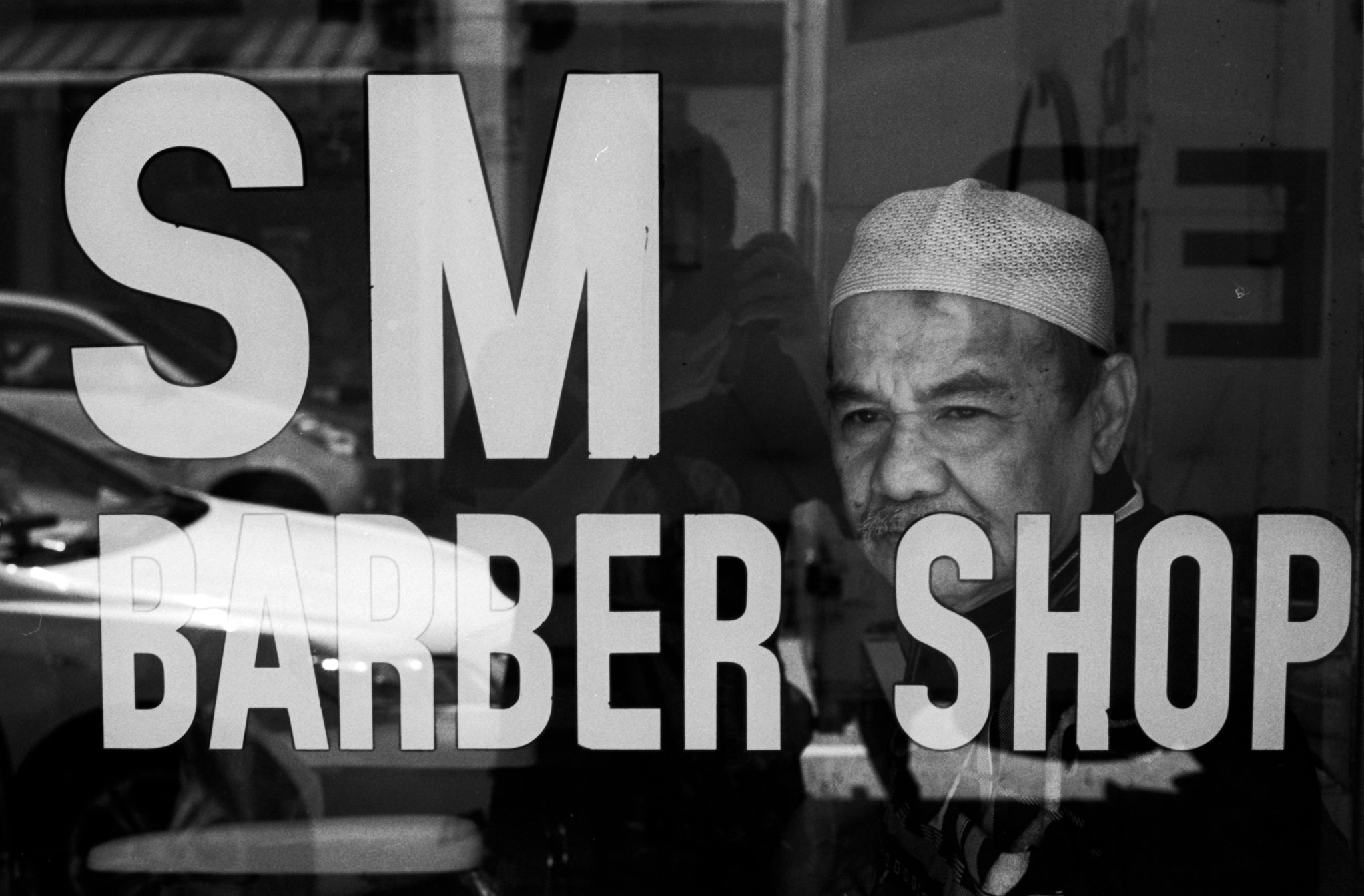 Photograph SM Barber Shop by Gary  Wang on 500px
