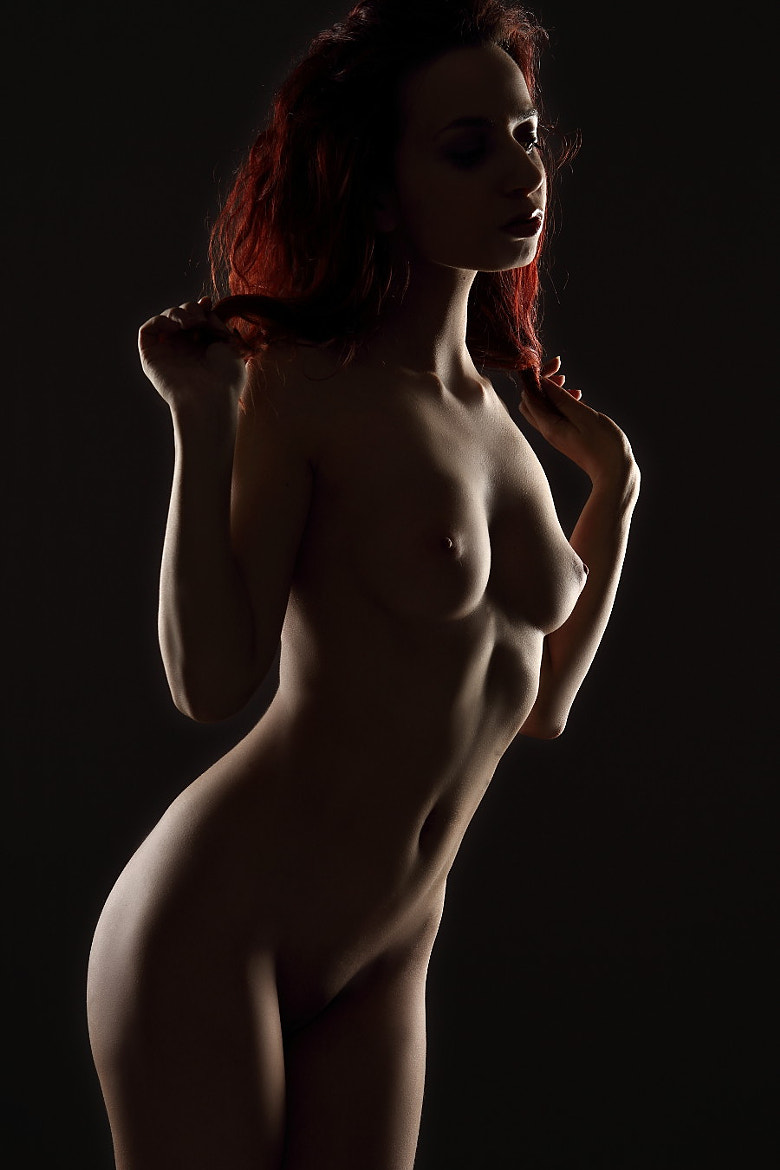 Photograph Girl with red hair nude  by Gu Wu on 500px