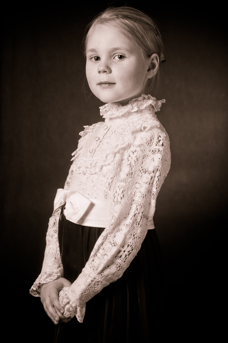 Photograph Jennifer, the girl from yesterday by Nicole Wells on 500px
