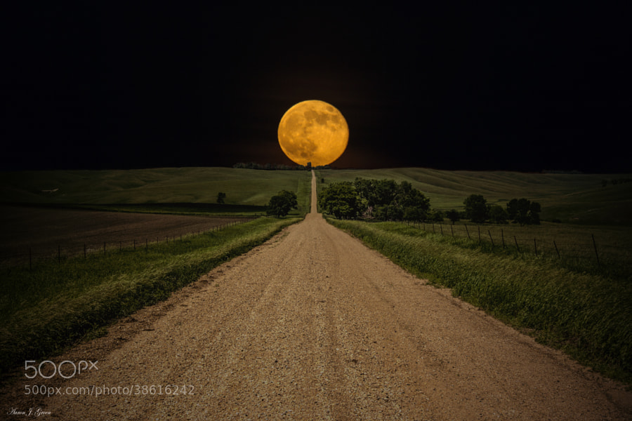 """""""Road To Nowhere- Supermoon"""" ---- Supermoon rises over this road to nowhere in eastern South Dakota.   Prints -  <a href=""""www.homegroenphotography.com"""" rel=""""nofollow"""">www.homegroenphotography.com</a> facebook - <a href=""""http://www.facebook.com/HomeGroenPhotography"""" rel=""""nofollow"""">www.facebook.com/HomeGroenPhotography</a> Google+ - <a href=""""https://www.google.com/+AaronJGroen"""" rel=""""nofollow"""">www.google.com/+AaronJGroen</a>"""