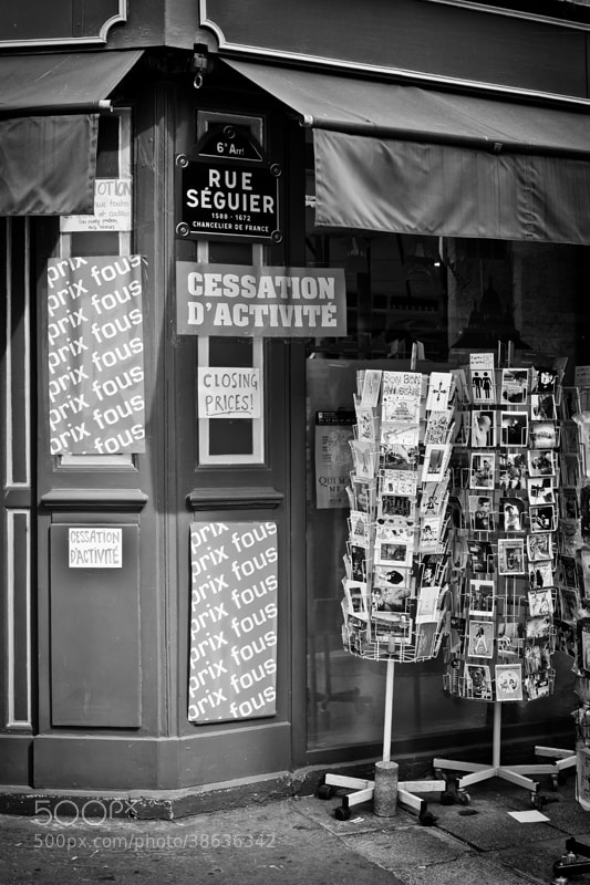 Photograph La crise by patrick plazzi on 500px