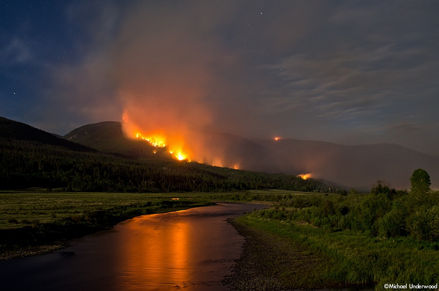 Papoose Fire and the Rio Grande by Michael Underwood on 500px.com