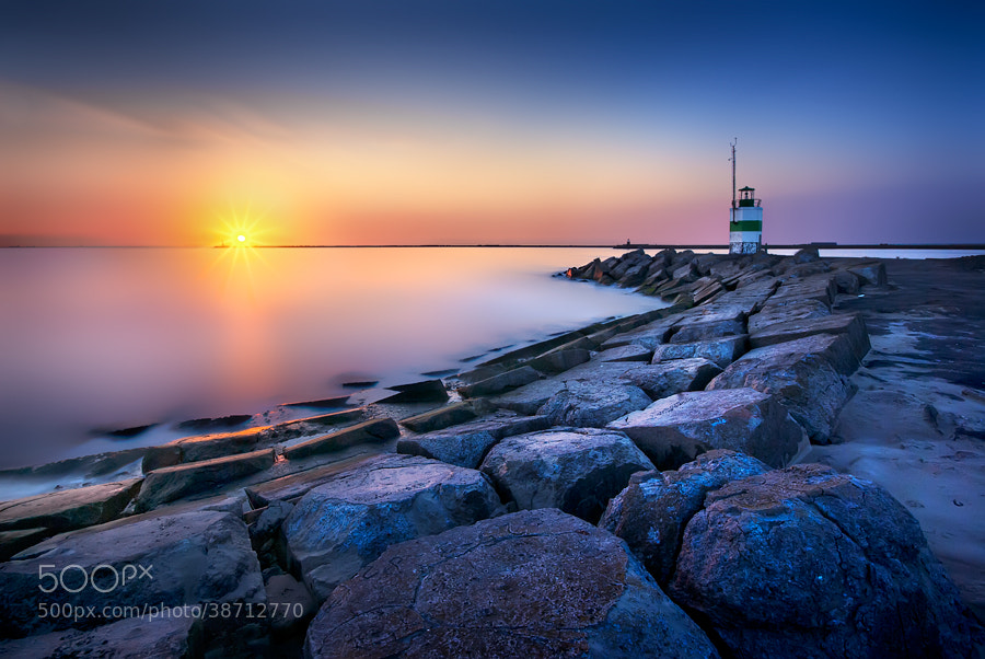 Photograph IJmuiden sunset by Iván Maigua on 500px