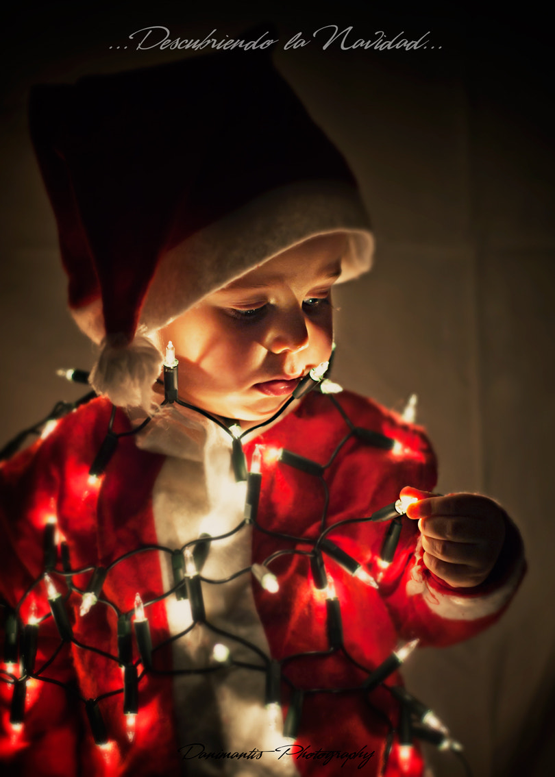 Photograph ...discovering christmas... by Dani Mantis on 500px