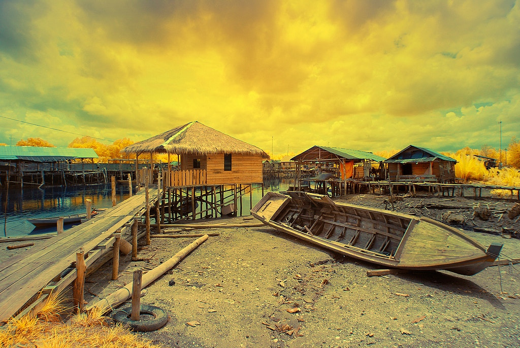 Photograph boat and house by Joko Nuswantoro on 500px