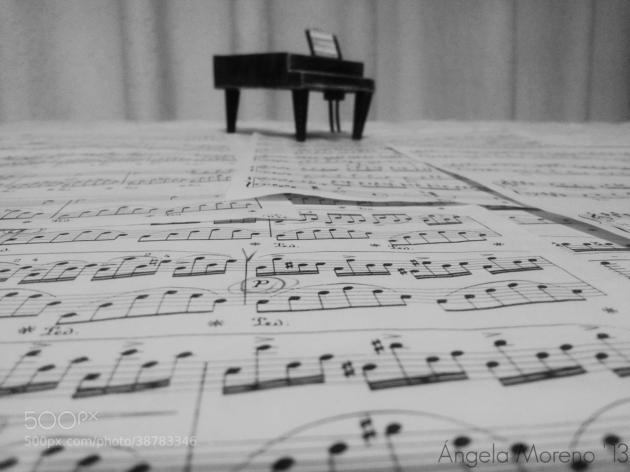 Photograph Piano by Ángela Moreno Belmar on 500px