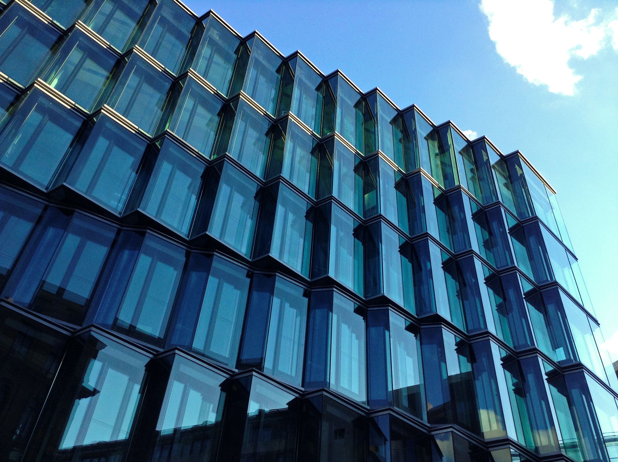 Photograph Glass building  by Hiwa  on 500px