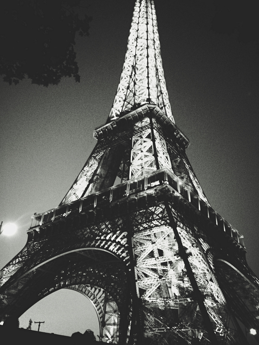 Photograph Eiffel Tower at night by Francois Fortin on 500px