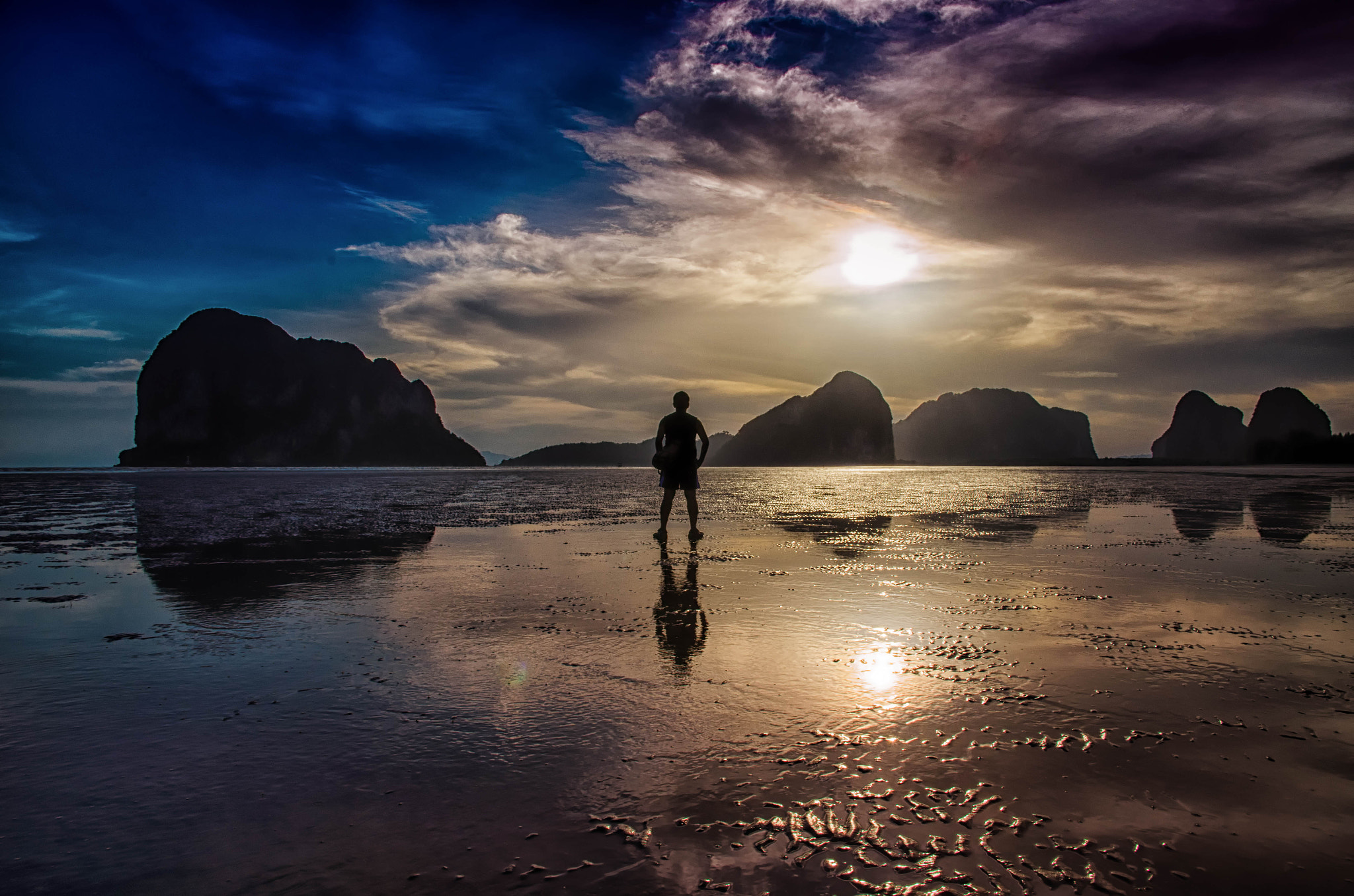Photograph Alone by Nuang Sangkhsri on 500px