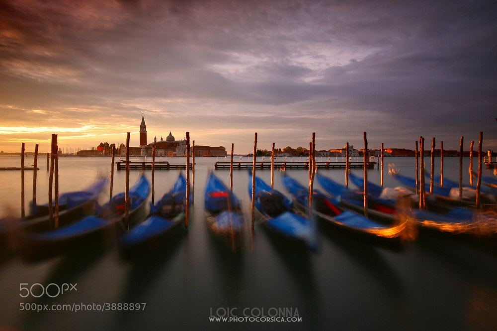 Photograph Laisse les gondoles à Venise by Loïc  Colonna on 500px