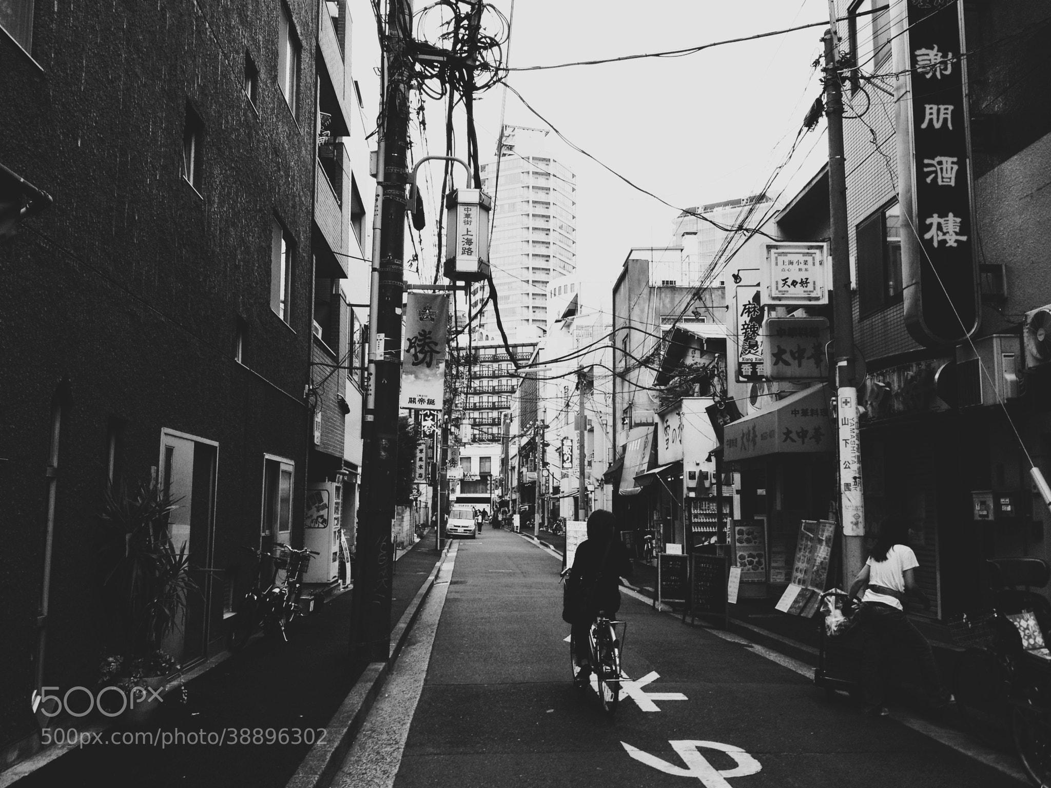 Photograph Rua da Shanghai by Satoshi Tomiyama on 500px