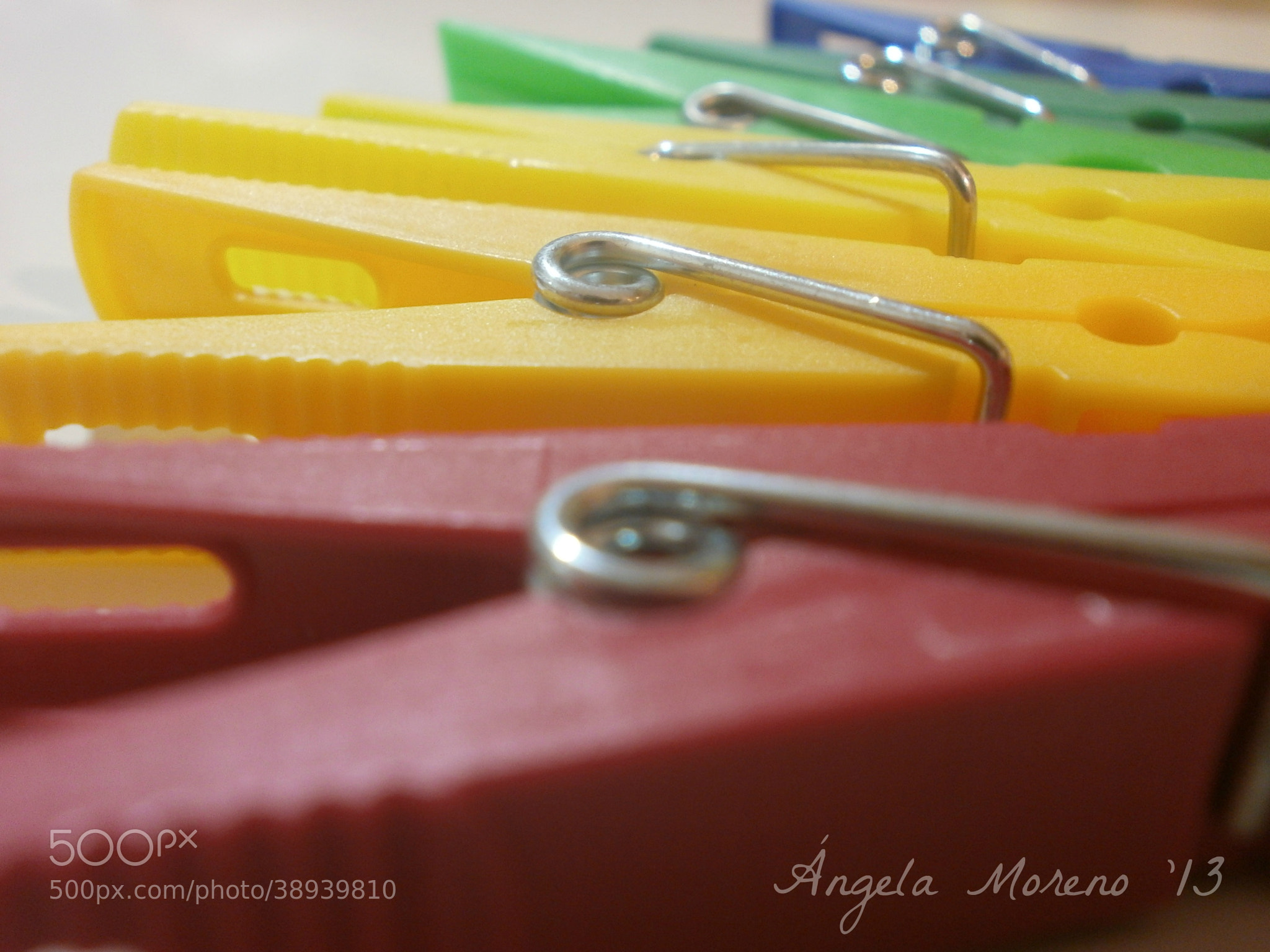 Photograph clothespin by Ángela Moreno Belmar on 500px