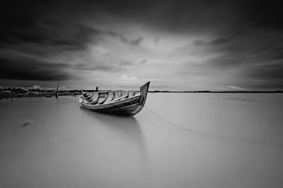 Photograph Silent Boat by William Cen on 500px