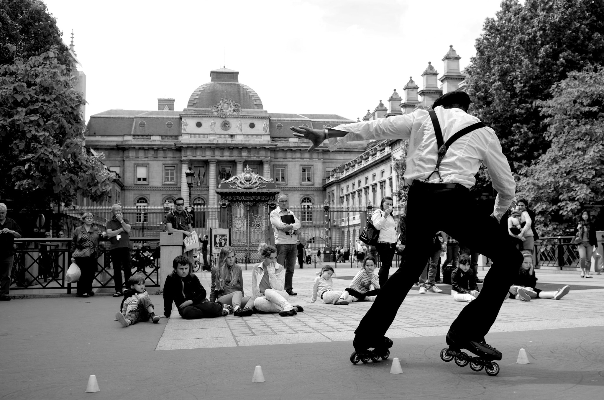 Photograph RollerDancer, Paris by Thom Bartley on 500px