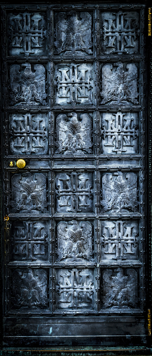 Photograph The Door by Rusty Parkhurst on 500px