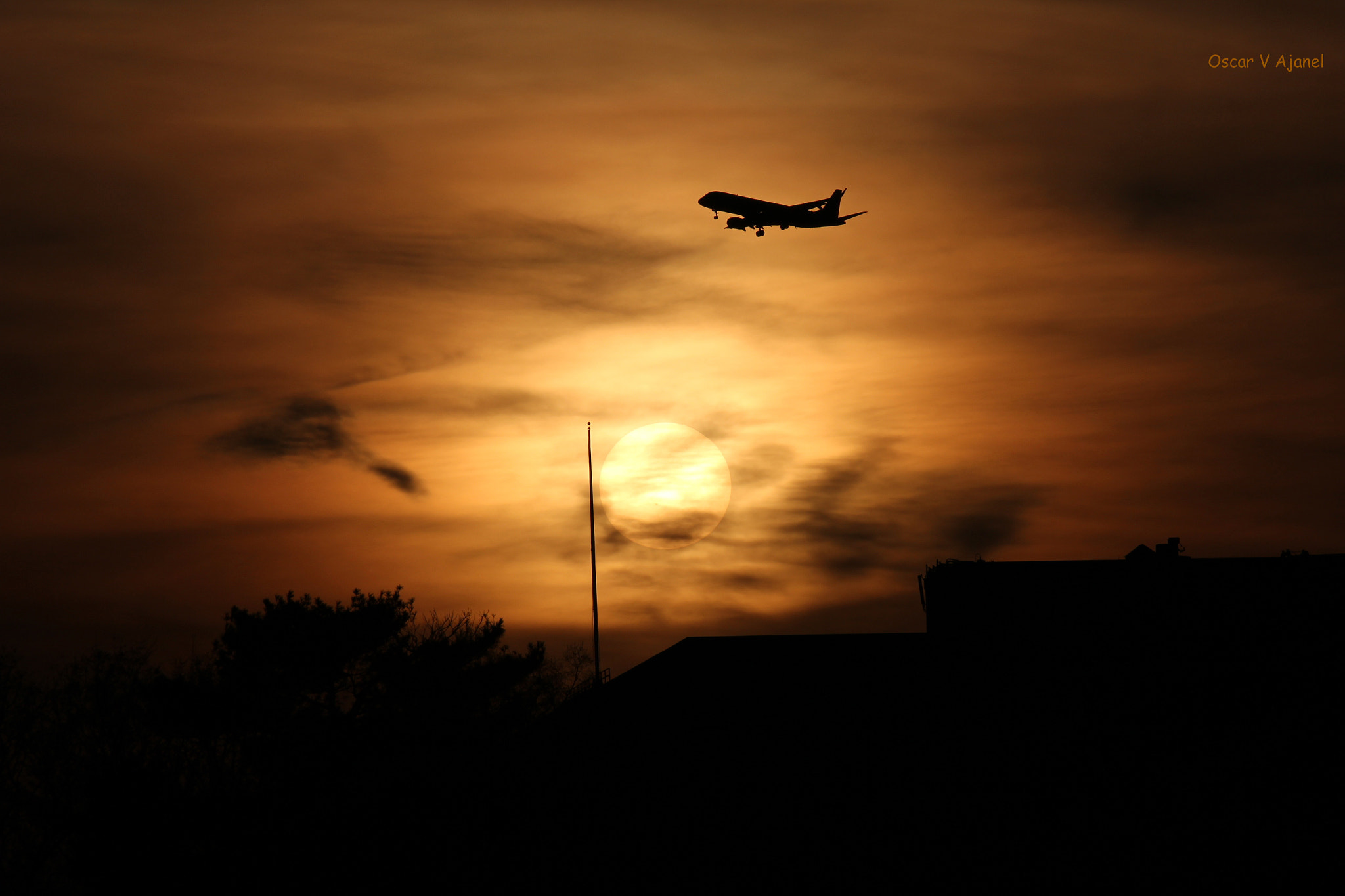 Photograph Airplane sunset  by Oscar V Ajanel on 500px