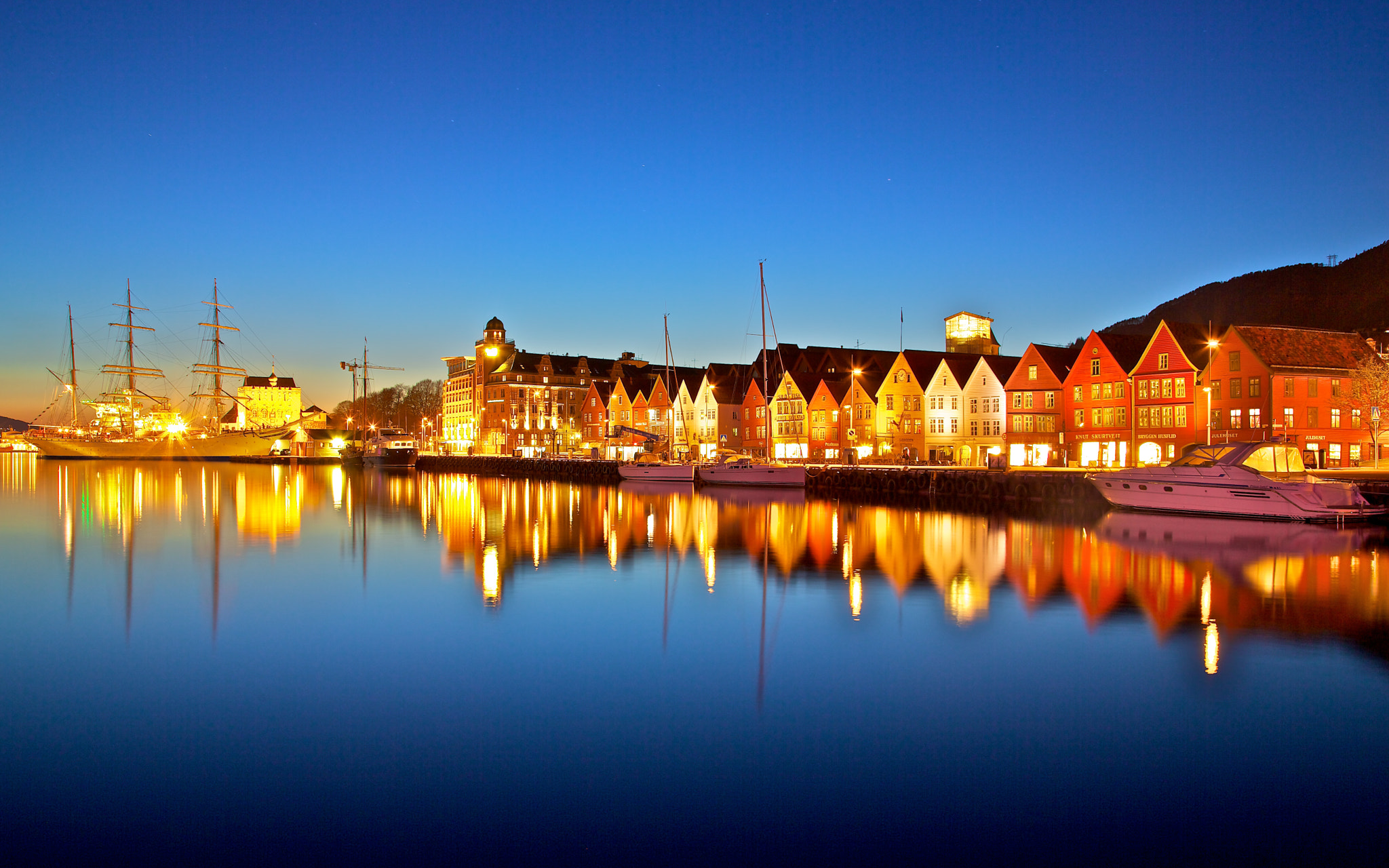 Photograph Blue hour, Bergen, Norway by Europe Trotter on 500px
