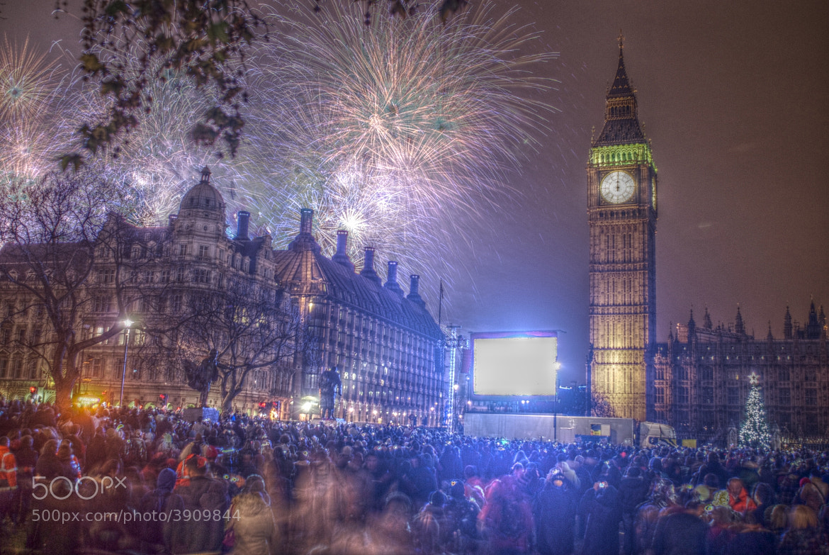 Photograph New Year's Eve Celebrations in London by Agnieszka Dargiel on 500px
