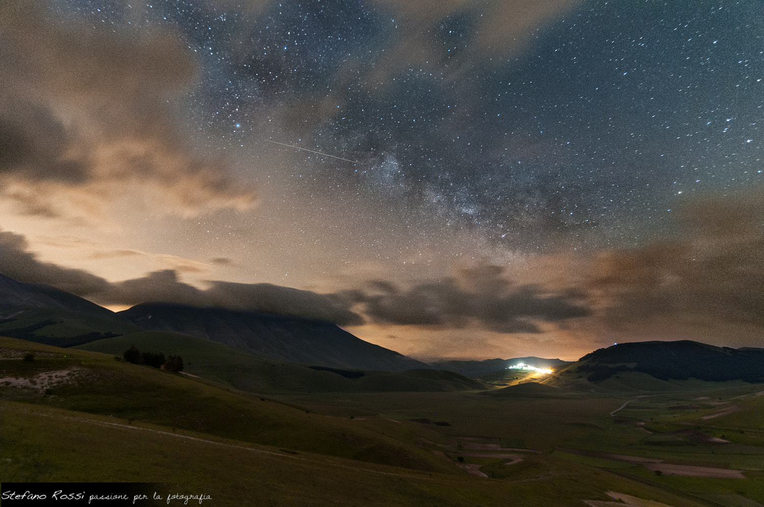 Photograph Milky Way over Castelluccio by Stefano Rossi on 500px