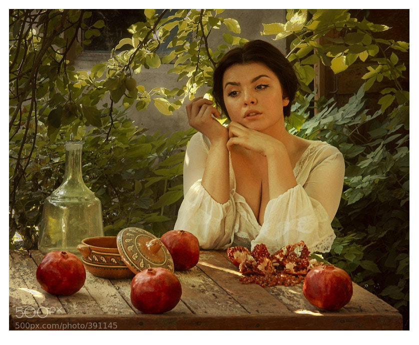 Photograph *** (girl with pomegranates) by ABorisovStudio  on 500px