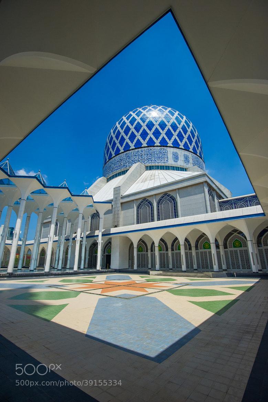 Photograph la mosquée de Shah Alam by Vincent Xeridat on 500px