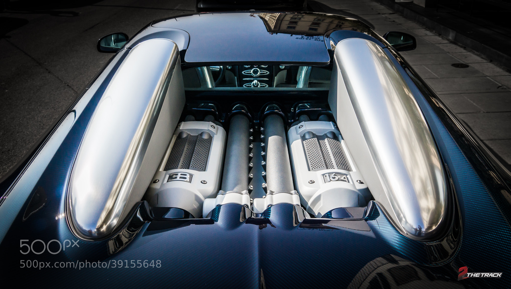 bugatti veyron grand sport engine bay by tom heuving 500px. Black Bedroom Furniture Sets. Home Design Ideas