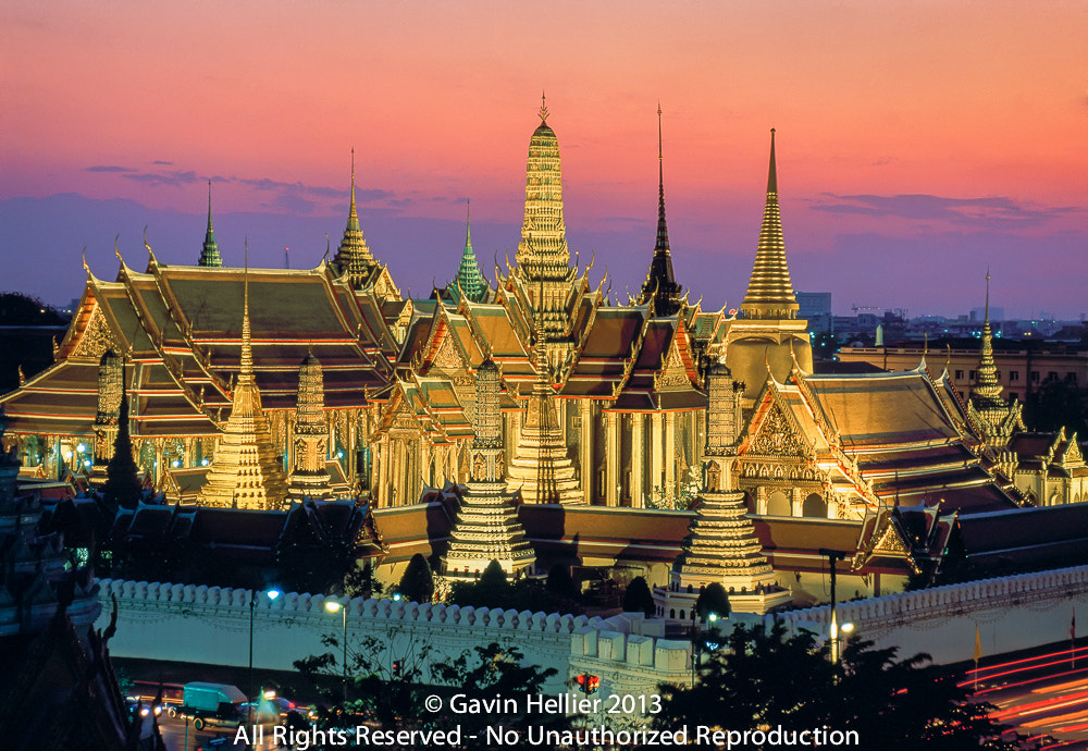 Photograph Thailand, Bangkok, Wat Phra Kaew & the Grand Palace or the Temple of the Emerald Buddha by Gavin Hellier on 500px