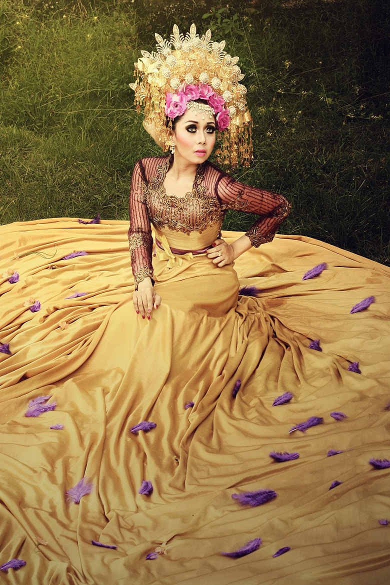 Photograph Minang Bride From West Sumatera by Irvandi Tahar on 500px