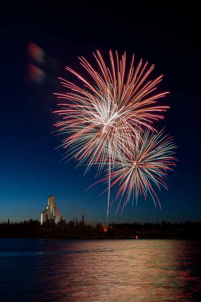 Photograph Feux d'artifice_11 by Joël Ducharme on 500px