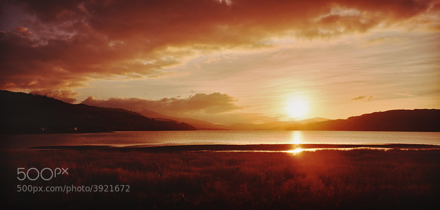Winter sun set over Llyn Tegid, Bala North Wales UK.
